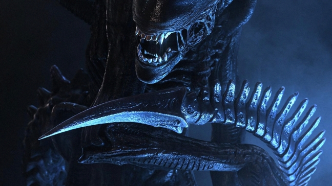 The scorpion-like tail can be seen as the alien's slasher weapon.