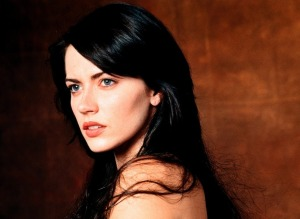 Mercédès (played by Dagmara Dominczyk in the 2002 film) is described in the novel as a dark-haired beauty... and that's about it. Evidently, she didn't really have hobbies.