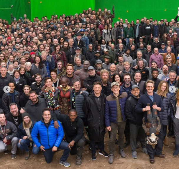 Avengers-Endgame-Robert-Downey-Jr-is-front-and-centre-as-the-entire-cast-and-crew-pose-for-a-legendary-photo
